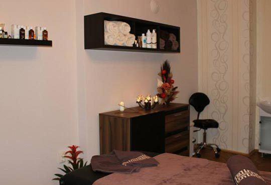 Премахнете стреса и умората и оформете тялото си! Две посещения на йога терапия от Beauty & Prana студио в центъра на София! - Снимка 7