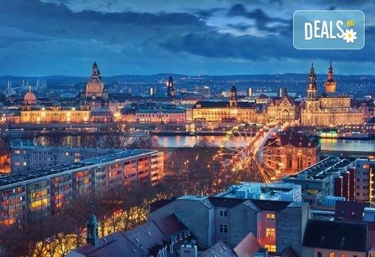 Екскурзия преди Коледа до Прага! 2 нощувки със закуски в хотел 3*, транспорт от Запрянов травел и възможност за посещение на Дрезден! - Снимка 6