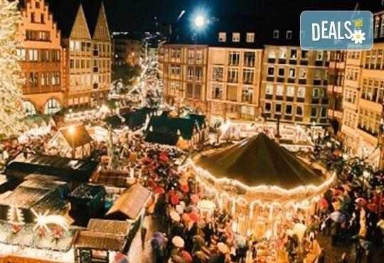Посетете Виена и Будапеща в дните преди Коледа! 3 нощувки със закуски в хотели 3*, транспорт и програма от Запрянов Травел! - Снимка 1