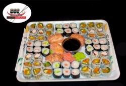 60 суши хапки с пушена сьомга, филаделфия и бяла херинга, Sushi Market