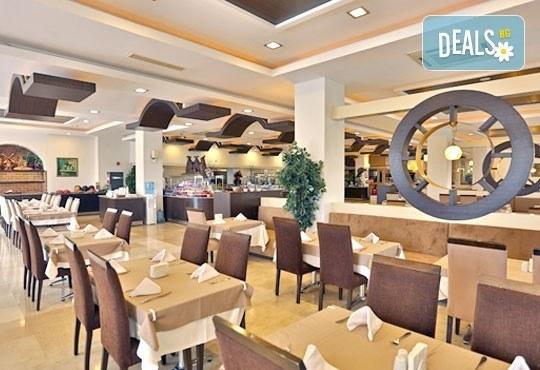 Last minute почивка през октомври в Анталия! 7 нощувки на база All Inclusive в Primasol Telatiye Resort Hotel 5*, двупосочен билет, летищни такси и трансфери - Снимка 10