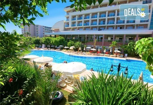 Last minute почивка през октомври в Анталия! 7 нощувки на база All Inclusive в Primasol Telatiye Resort Hotel 5*, двупосочен билет, летищни такси и трансфери - Снимка 2