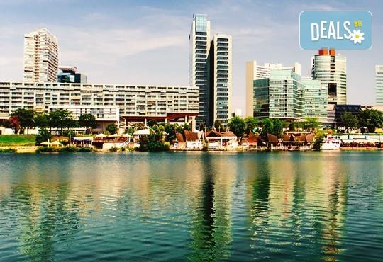 Предколедна екскурзия до Виена и Будапеща! 3 нощувки със закуски в хотели 4*, транспорт и екскурзовод! - Снимка 2