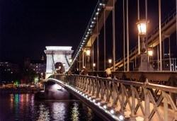 През декември в Будапеща, Прага и Виена: 4 нощувки със закуски, транспорт