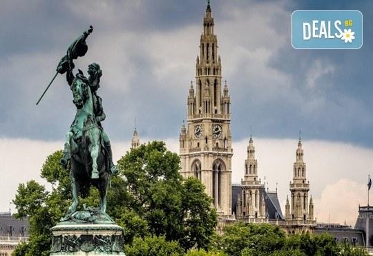 Предколедна приказка в красивите Будапеща, Прага и Виена! 4 нощувки със закуски, транспорт и водач! - Снимка 8