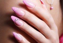 Поддръжка на ноктопластика с гел или акрил на Astonishing Nails в дермакозметичен център Енигма във Варна или Хасково! - Снимка