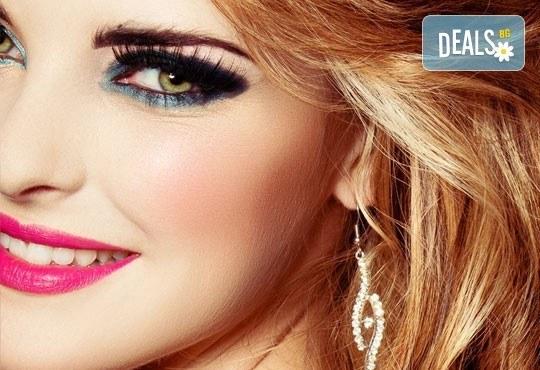 Изразителни очи! Поставяне на луксозни копринени мигли косъм по косъм в Студио за красота Сияние - Снимка 1