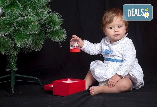 Професионална фотосесия по избор в студио - детска, семейна, индивидуална или сватбена и обработка на всички заснети кадри, Chapkanov Photography! - Снимка 9