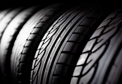 Съхранете гумите си! ''Хотел'' за гуми за летен или зимен сезон в сервиз Автомакс 13! Предплатете 3 лв.! - Снимка