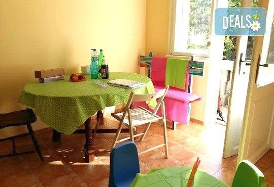 Полудневна детска занималня за един ден, една седмица или един месец в детска къща Лече Буболече! - Снимка 7