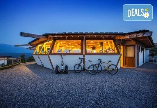 Еко почивка край река Струма, с. Стара Кресна! Една нощувка за двама в Еко селище Дебели Даб - Снимка 6