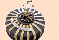 Изкушаващо вкусна бутикова АРТ торта с цифри и размер по избор от Сладкарница Джорджо Джани - Снимка
