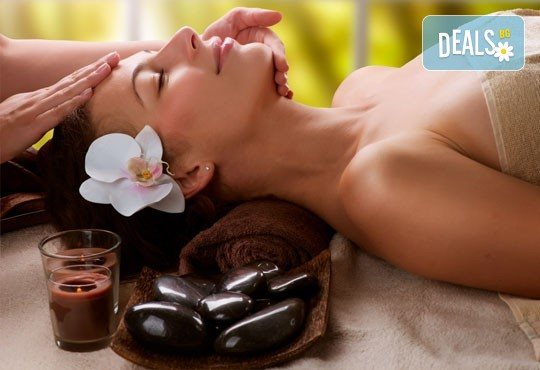 150-минутен SPA-MIX: масаж на цяло тяло с Hot Stone терапия, китайски точков масаж на лице и йонна детоксикация - Снимка 1