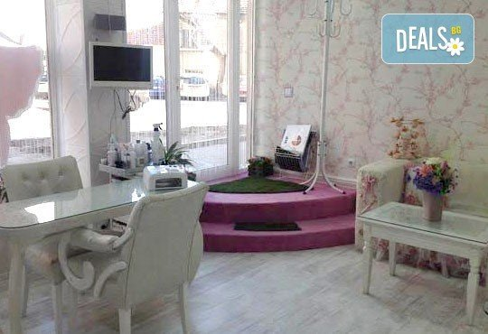 Регенерирайте кожата си! Кислородна терапия с продукти Profi Derm в салон за красота Infinity! - Снимка 3