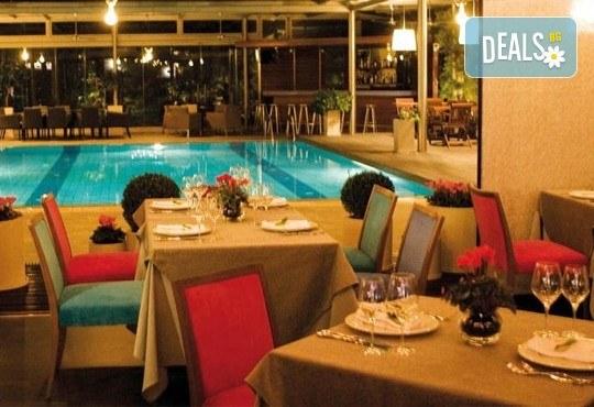 Нова година 2017 в Солун с Дари Травел! 3 нощувки със закуски и 2 вечери в Les Lazaristes Domotel 5*, транспорт и панорамeн тур на Солун - Снимка 8