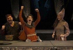 Гледайте ''Роня, дъщерята на разбойника'', от Астрид Линдгрен, в Театър ''София'' на 30.10. неделя от 11ч. - билет за двама! - Снимка