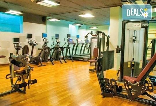 Посещение на фитнес, персонален треньор и посещение на СПА зона в новия Фитнес и спа център Platinum Health Club в центъра на София - Снимка 6