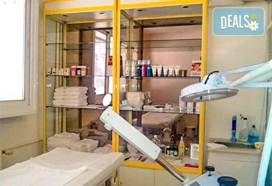Ботокс терапия за лице с мезотерапия, пилинг и маска за жизнена кожа с младежки вид с изцяло натурална козметика в Sunflower Beauty Studio - Снимка 3