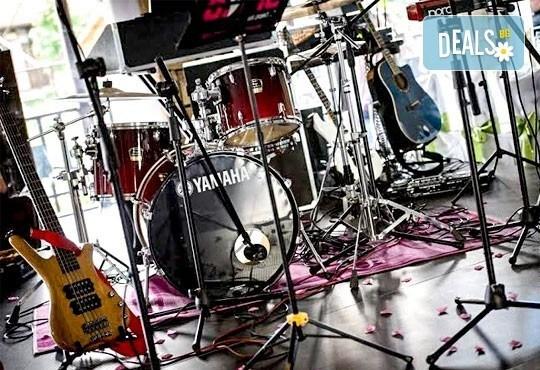 Музика на живо! Парти изпълнител - певец, дуо, трио или група за Вашето коледно парти на ТОП цена от MUSIC for You! - Снимка 5