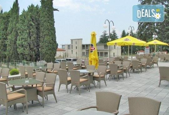 Новогодишни празници в Охрид, Македония! 3 нощувки със закуски и празнични вечери, водач и транспорт от Имтур! - Снимка 7