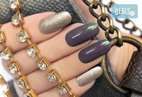 Поглезете ръцете си с луксозен СПА маникюр и ароматна терапия с продукти и лакове на OPI в Incanto Dream 2! - Снимка 1