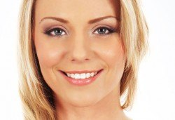 1 процедурa RF лифтинг, мезотерапия на лице, в Център DR.LAURANNE