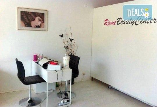 Изграждане на ноктопластика или поддръжка във форма по желание с удължители, класически маникюр в цвят по избор, 3D декорации и масаж от Revue Beauty Center - Снимка 5