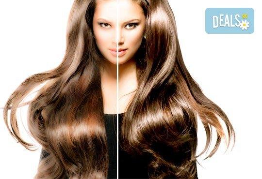 За ослепителна визия! Вземете измиване с професионални продукти KEUNE, полиране на косата, терапия по избор и прическа със сешоар или плитка в Ивелина студио! - Снимка 1