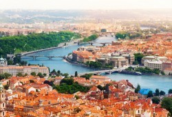 Преди Коледа в Прага и Братислава: 3 нощувки със закуски, транспорт и водач