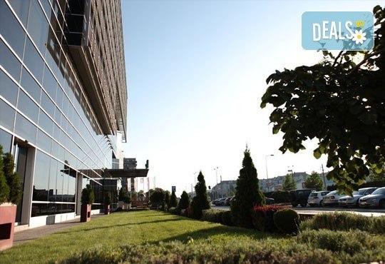 Нова Година 2017 в Белград, с Караджъ Турс! 2 нощувки със закуски в хотел Holiday Inn 4*, транспорт и посещение на Ниш! - Снимка 14