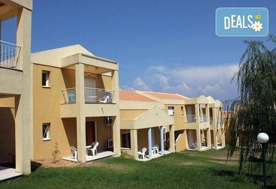 Нова година в Olympion village 3*+ на остров Корфу, Гърция! 3 нощувки със закуски и вечери, транспорт и програма! - Снимка 7