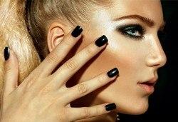 Перфектни ръце! Дълготраен маникюр с гел лак Global Fashion Shellac в Студио за красота Блейз - Снимка