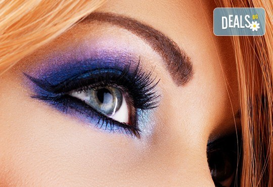 Красив поглед! Поставяне на мигли косъм по косъм - копринени или от норка при специалист естетик в студио за красота Блейз! - Снимка 1