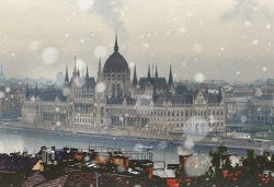 През декември до Будапеща, Виена: 2 нощувки със закуски, транспорт, водач