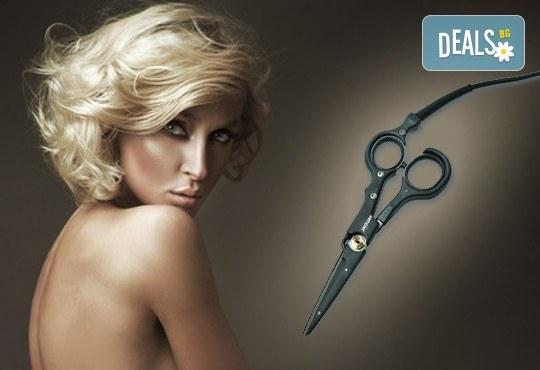 Професионално подстригване с гореща ножица и подсушаване от салон Flowers 2 в Хаджи Димитър! - Снимка 1