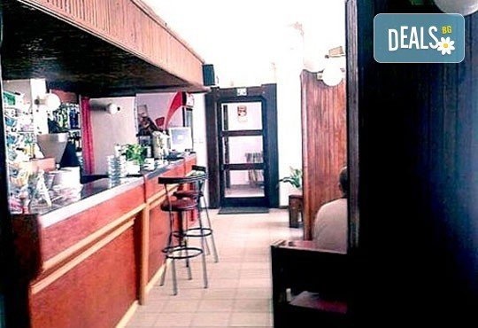 Почивка в Брацигово! 1 нощувка със закуска, обяд и вечеря в СПА хотел Виктория, цена на човек - Снимка 9
