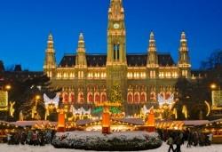 Предколедна екскурзия до Виена! 3 нощувки със закуски и самолетен билет от София Тур! - Снимка