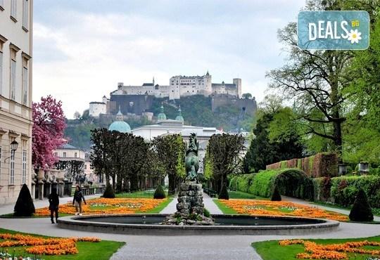 Европейска обиколка през април: Париж, Лоара и Швейцария! 9 нощувки и закуски, транспорт, екскурзовод, без нощен преход! - Снимка 12