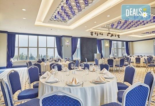 Нова година в Турция! 3 нощувки със закуски и 2 вечери в най-новия луксозен СПА хотел от веригата Ramada, 5*, с възможност за транспорт! Дете до 5 години безплатно! - Снимка 6
