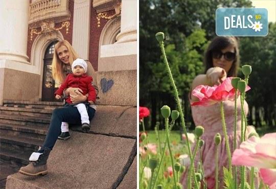 Професионална едночасова детска, семейна, индивидуална фотосесия или с друга тематика по избор с неограничен брой кадри и с 20 обработени кадъра на открито от Olimpea Photography! - Снимка 3
