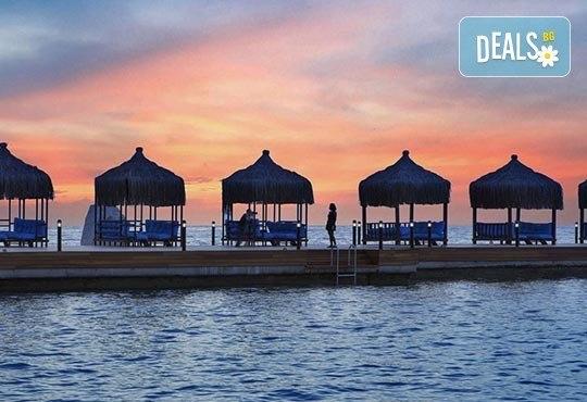 Нова година 2017 в Le Bleu Hotel & Resort 5*, Кушадасъ, с Джуанна Травел! 4 нощувки на база All Inclusive, празнична вечеря и възможност за транспорт! - Снимка 17