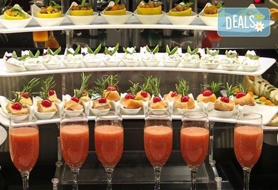 Нова година 2017 в Le Bleu Hotel & Resort 5*, Кушадасъ, с Джуанна Травел! 4 нощувки на база All Inclusive, празнична вечеря и възможност за транспорт! - Снимка 7