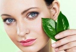 За млада кожа! Колагенова терапия за лице и шия с нанасяне на чист колаген с ултразвук от NSB Beauty Center! - Снимка