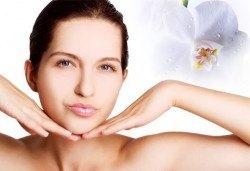 2 в 1! Микродермаабразио и мануално почистване на лице в Салон Miss Beauty!