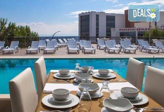 Нова година в Ada Class Hotel 4*, Кушадасъ, Турция! 4 нощувки със закуски и вечери, Новогодишна вечеря и възможност за транспорт! - Снимка 6