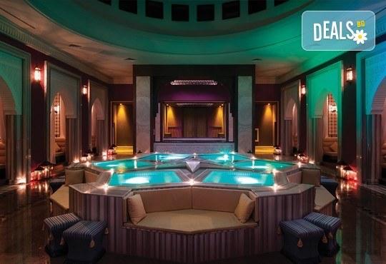 Нова година в Анталия! 4 нощувки на база Ultra All Inclusive в Titanik Deluxe hotel 5 *, Гала вечеря, двупосочен билет, летищни такси и трансфери - Снимка 15