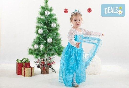 Направете незабравим подарък на себе си или любим човек! Професионална Коледна фотосесия в студио и обработка на всички заснети кадри от Chapkanov photography! - Снимка 4
