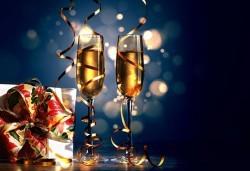 Нова Година в Паралия Катерини: 2 нощувки със закуски в хотел 2* / 3* и транспорт