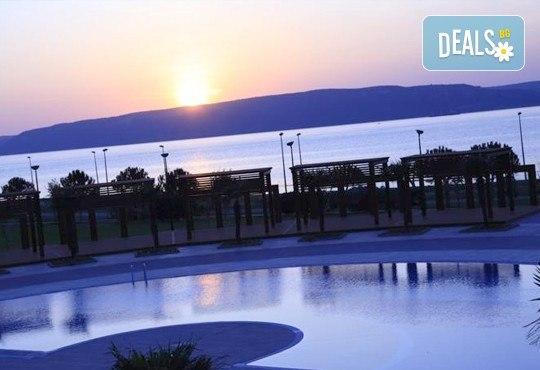 Посрещнете Нова година в лукс и изисканата обстановка на Hotel Kolin 5*, Чанаккал, Турция: 3 нощувки, 3 закуски, 2 вечери и празнична вечеря! Дете до 6 години безплатно! - Снимка 7