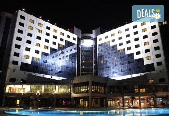 Посрещнете Нова година в лукс и изисканата обстановка на Hotel Kolin 5*, Чанаккал, Турция: 3 нощувки, 3 закуски, 2 вечери и празнична вечеря! Дете до 6 години безплатно! - Снимка 9